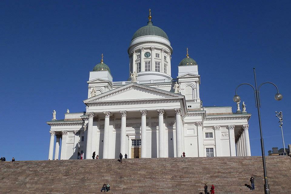 Bezoek Finland de Dom in Helsinki