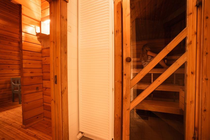 Sauna In Huis : Sauna avond finse huis vnf